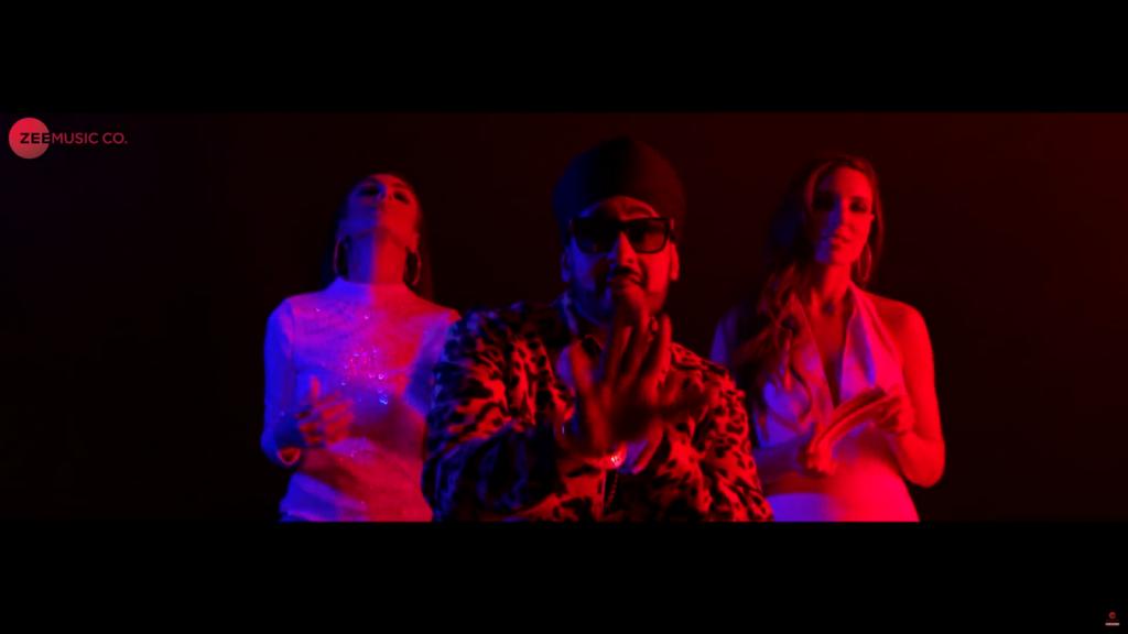 Manj Musik ft. A-Kay – Gangster Look